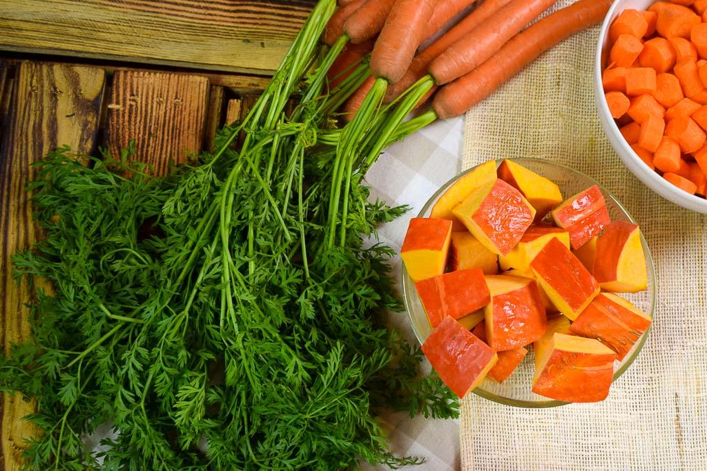 Rezept: Oranges Püree mit Lachsfilet-Fischstäbchen & Senfdip