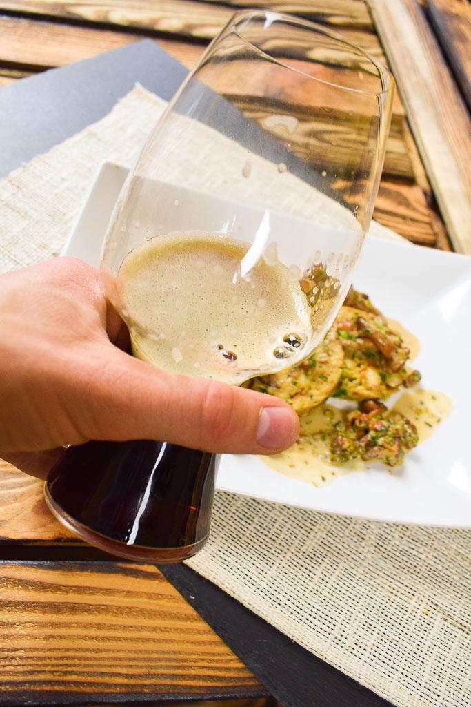 Rezept - Pfifferlinge in Dunkelbier-Sauce mit Brezenknödel