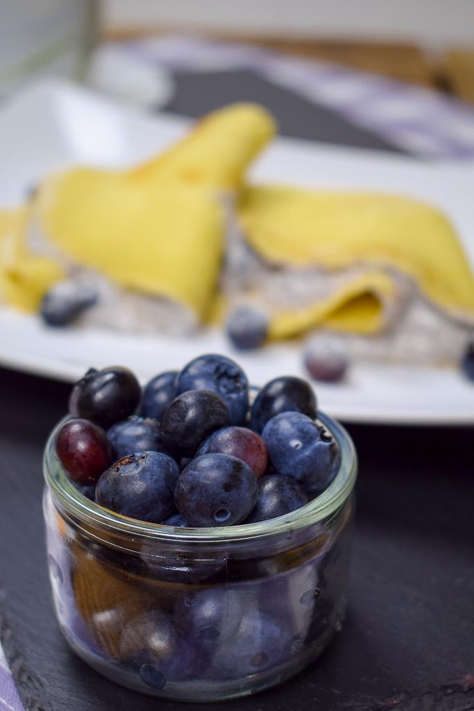 Rezept Blaubeer-Palatschinken mit Quark-Mohn-Creme