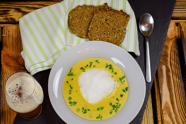 Cheddar Cheese Beer Soup - Biersuppe mit Käse und einem stark gehopften Bier