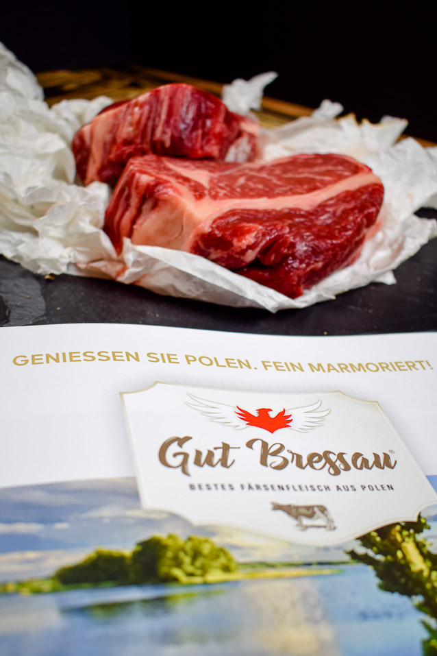 Polnischer Bagel mit Steakstreifen